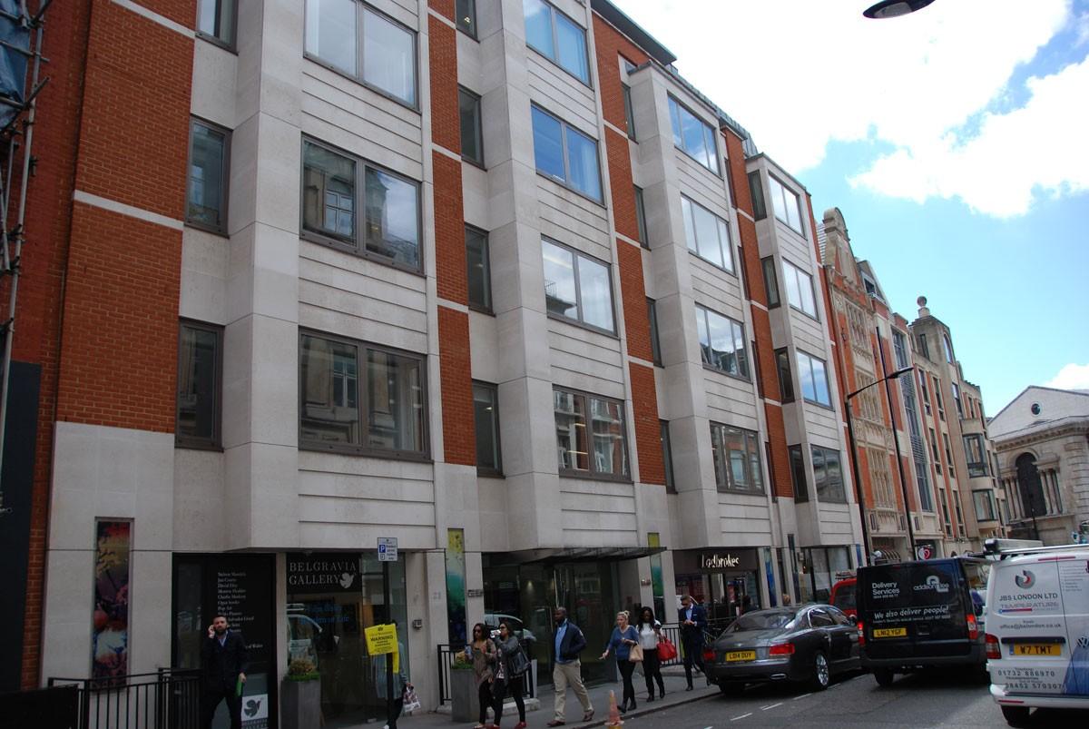 ec600d0d595b3 25 Maddox Street, London W1   Simon Korn